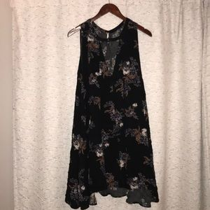 Free People deep V floral tunic